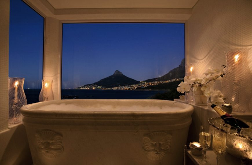 10-hotel-bathrooms-with-stunning-views-3 10 Hotel Bathrooms with Stunning Views 10 Hotel Bathrooms with Stunning Views 10 hotel bathrooms with stunning views 3
