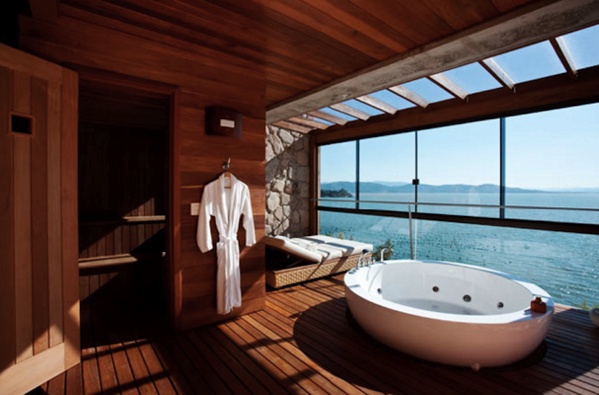 10-hotel-bathrooms-with-stunning-views-8 10 Hotel Bathrooms with Stunning Views 10 Hotel Bathrooms with Stunning Views 10 hotel bathrooms with stunning views 8