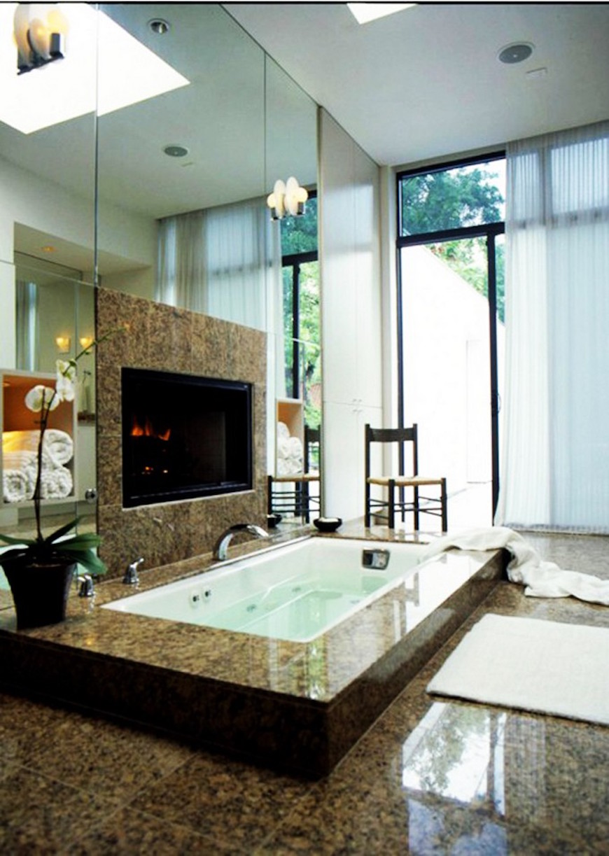 15 Luxury Bathrooms with Astonishing Fireplaces. To see more Luxury Bathroom ideas visit us at www.luxurybathrooms.eu #luxurybathrooms #homedecorideas #bathroomideas @BathroomsLuxury 15 luxury bathrooms with astonishing fireplaces 15 Luxury Bathrooms with Astonishing Fireplaces 15 luxury bathrooms with fireplaces 7
