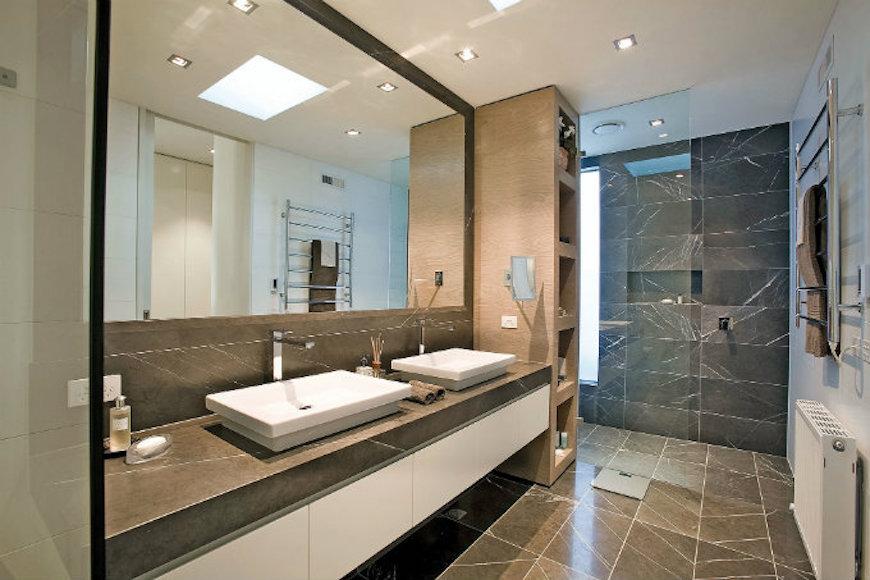 Marble Bathroom Designs to Inspire You. To see more Luxury Bathroom ideas visit us at www.luxurybathrooms.eu #luxurybathrooms #homedecorideas #bathroomideas @BathroomsLuxury