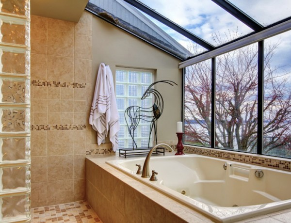 Luxury Bathrooms with Stunning Skylights. To see more Luxury Bathroom ideas visit us at www.luxurybathrooms.eu #luxurybathrooms #homedecorideas #bathroomideas @BathroomsLuxury