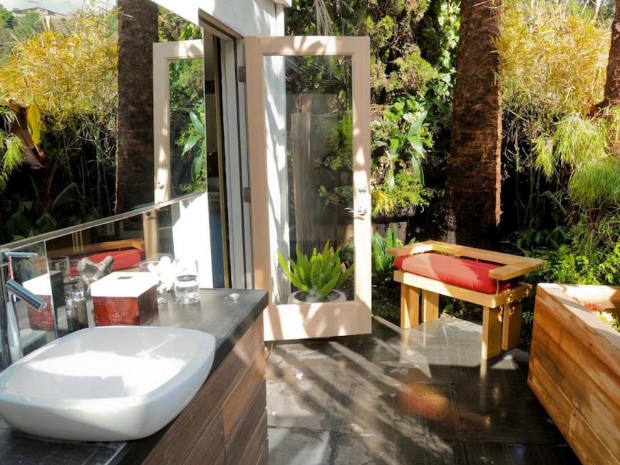 10 Eye-Catching Tropical Bathroom Décor Ideas That Will ... on Backyard Bathroom Ideas id=23499