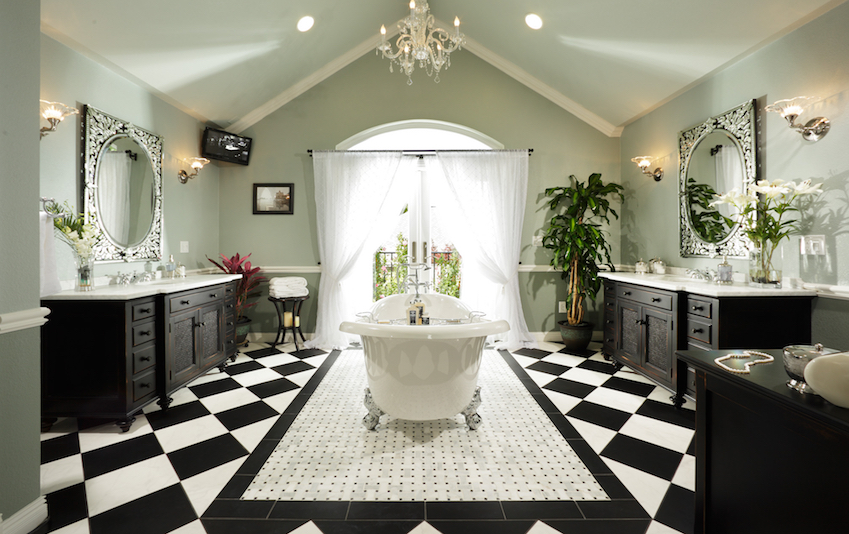 12 Luxurious Bathroom Design Ideas: 10 Eye-Catching And Luxurious Black And White Bathroom Ideas