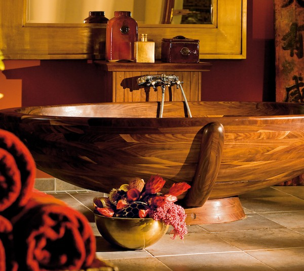 10 Relaxing and Unique Wooden Bathtubs You Will Love Have ➤To see more Luxury Bathroom ideas visit us at www.luxurybathrooms.eu #luxurybathrooms #homedecorideas #bathroomideas @BathroomsLuxury