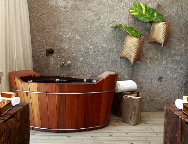 10 Fabulous Wooden Luxury Bathroom Ideas to Inspire You ➤To see more Luxury Bathroom ideas visit us at www.luxurybathrooms.eu #luxurybathrooms #homedecorideas #bathroomideas @BathroomsLuxury