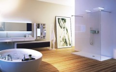 Luxury Bathrooms: 10 Amazing Modern Glass Shower Enclosure Ideas ➤To see more Luxury Bathroom ideas visit us at www.luxurybathrooms.eu #luxurybathrooms #homedecorideas #bathroomideas @BathroomsLuxury
