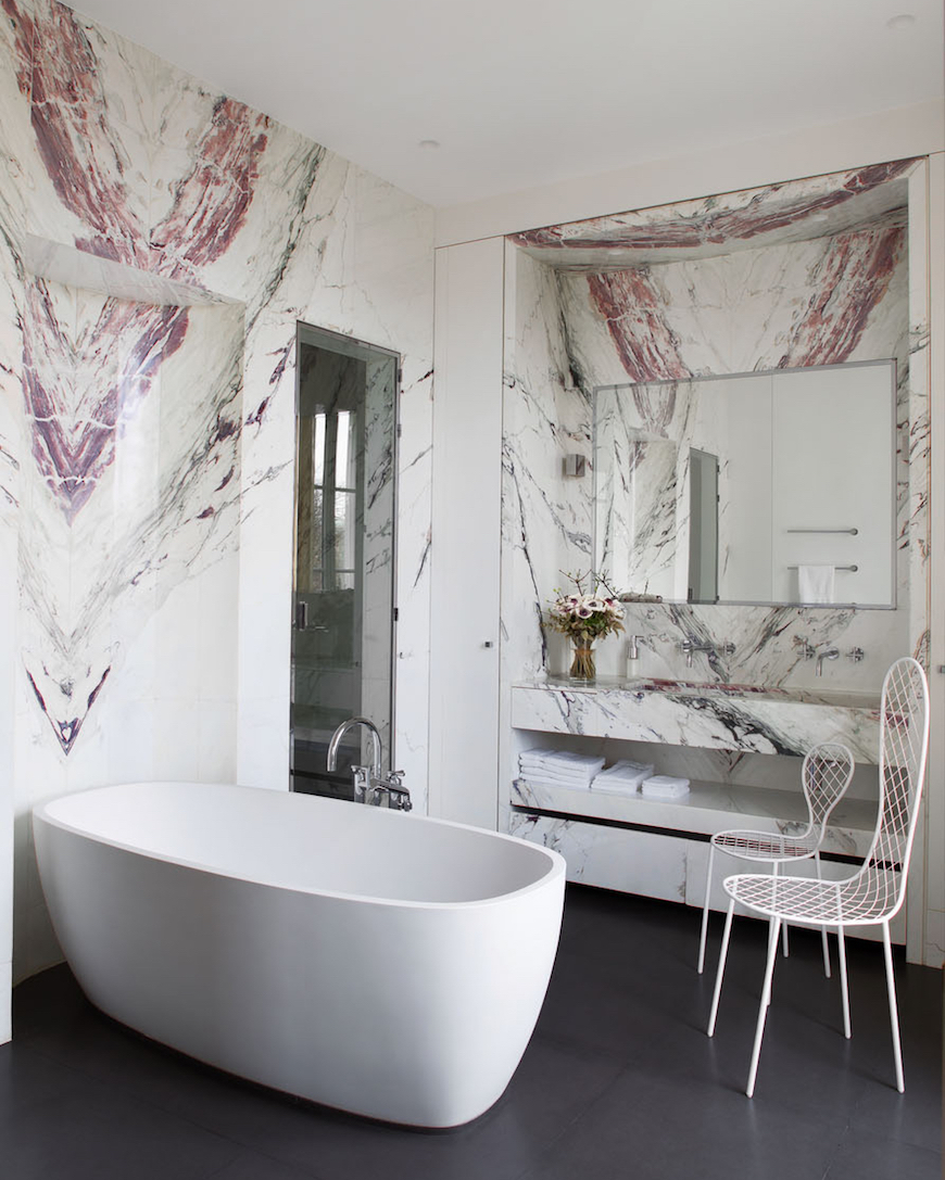 10 Striking Luxurious Bathtubs that Completely Steal the Scene ➤To see more Luxury Bathroom ideas visit us at www.luxurybathrooms.eu #luxurybathrooms #homedecorideas #bathroomideas @BathroomsLuxury Luxurious Bathtubs 10 Striking Luxurious Bathtubs that Completely Steal the Scene 10 Striking Bathtubs that Completely Steal the Scene 8