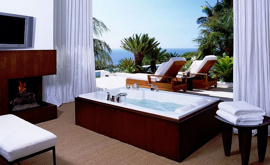 10 Jaw Droppingly Gorgeous Luxury Bathroom Ideas To