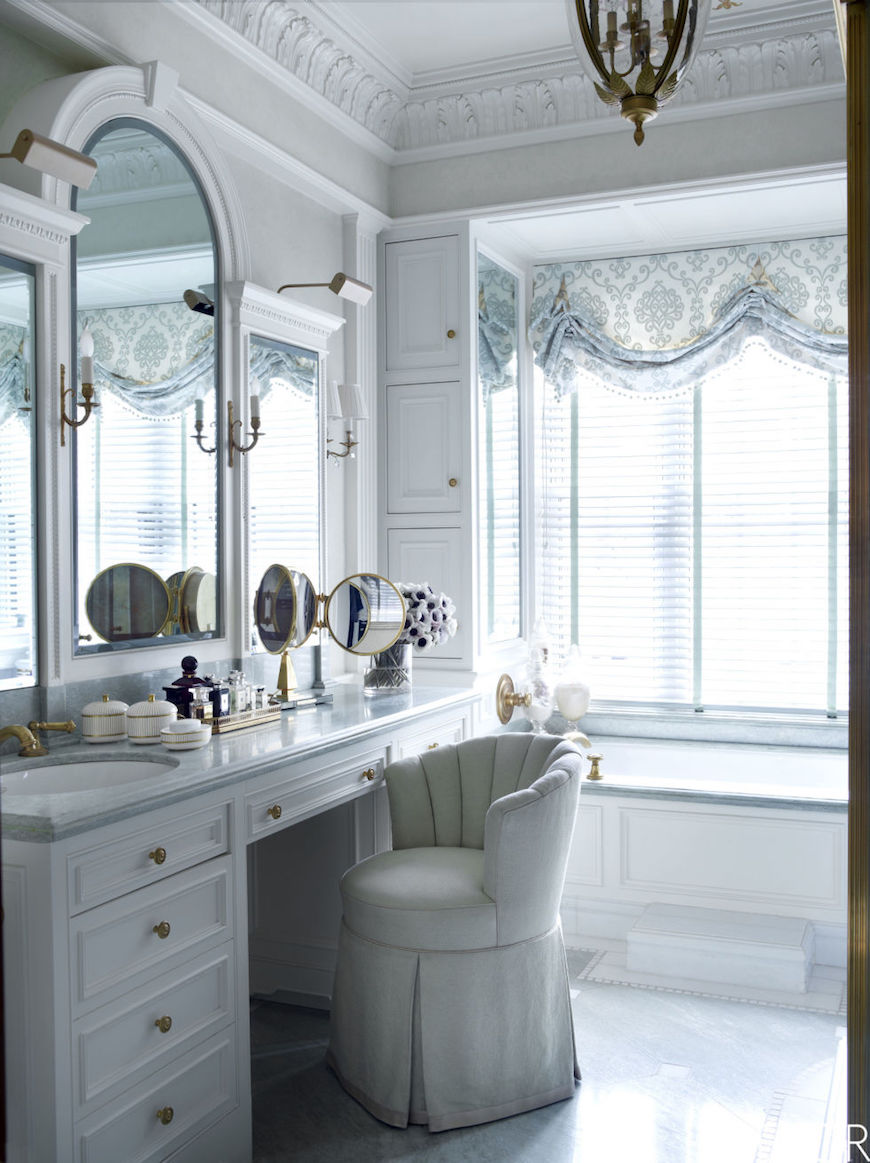 Fabulous Mirror Ideas To Inspire Luxury Bathroom Designs