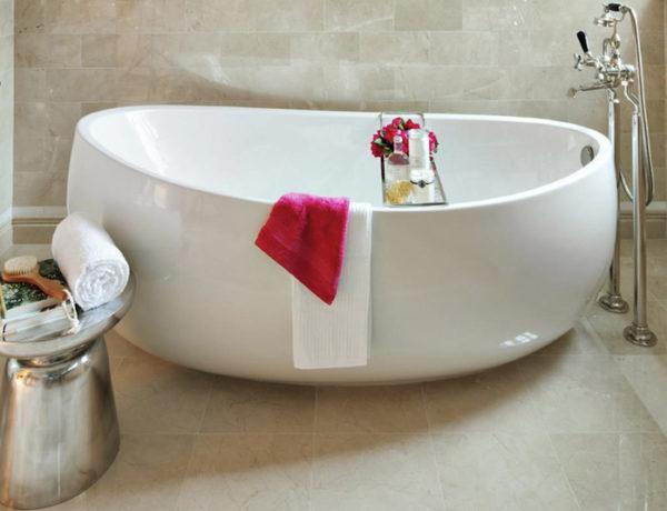 5 Luxury Bathroom Ideas with Stunning Side Tables ➤To see more Luxury Bathroom ideas visit us at www.luxurybathrooms.eu #luxurybathrooms #homedecorideas #bathroomideas @BathroomsLuxury side tables 5 Luxury Bathroom Ideas with Stunning Side Tables 5 Luxury Bathroom Ideas with Stunning Side Tables 600x460