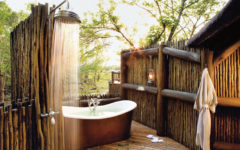 Get Inspired With These Eye-Catching Tropical Bathroom Ideas ➤To see more Luxury Bathroom ideas visit us at www.luxurybathrooms.eu #luxurybathrooms #homedecorideas #bathroomideas @BathroomsLuxury