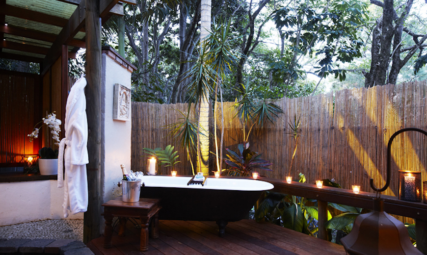 outdoor bathroom designs check out this top 10 astonishing tropical bathroom ideas 14468