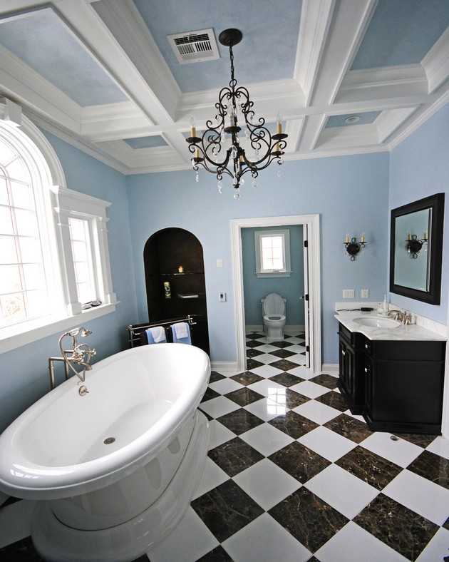 title | Luxurious small bathrooms