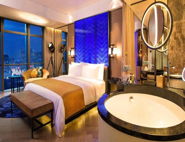 Luxury Bathrooms: Villeroy & Boch Designs At Hotel W Beijing Changan ➤To see more Luxury Bathroom ideas visit us at www.luxurybathrooms.eu #bathroom #homedecorideas #bathroomideas @BathroomsLuxury