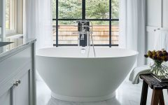 summer decor trends 2017 Summer Decor Trends 2017: How To Get A Dreamy Bathroom For This Summer feat 1 240x150