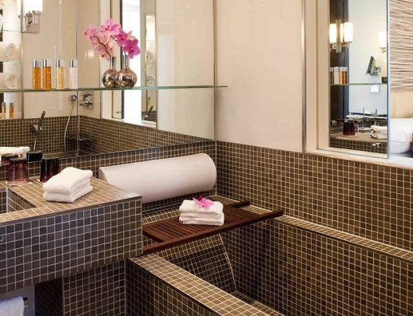 Refined Luxury Bathrooms At Radisson Blu 1835 Hotel & Thalasso Cannes ➤ To see more news about Luxury Bathrooms in the world visit us at http://luxurybathrooms.eu/ #luxurybathrooms #interiordesign #homedecor @BathroomsLuxury @bocadolobo @delightfulll @brabbu @essentialhomeeu @circudesign @mvalentinabath @luxxu @covethouse_ Radisson Blu 1835 Hotel Refined Luxury Bathrooms At Radisson Blu 1835 Hotel & Thalasso Cannes Refined Luxury Bathrooms At Radisson Blu 1835 Hotel Thalasso Cannes feat 600x460