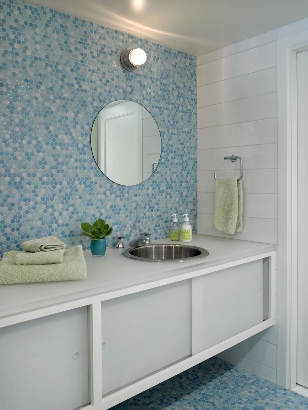 10 Beautiful Tile Ideas For A Bold Bathroom Interior ...