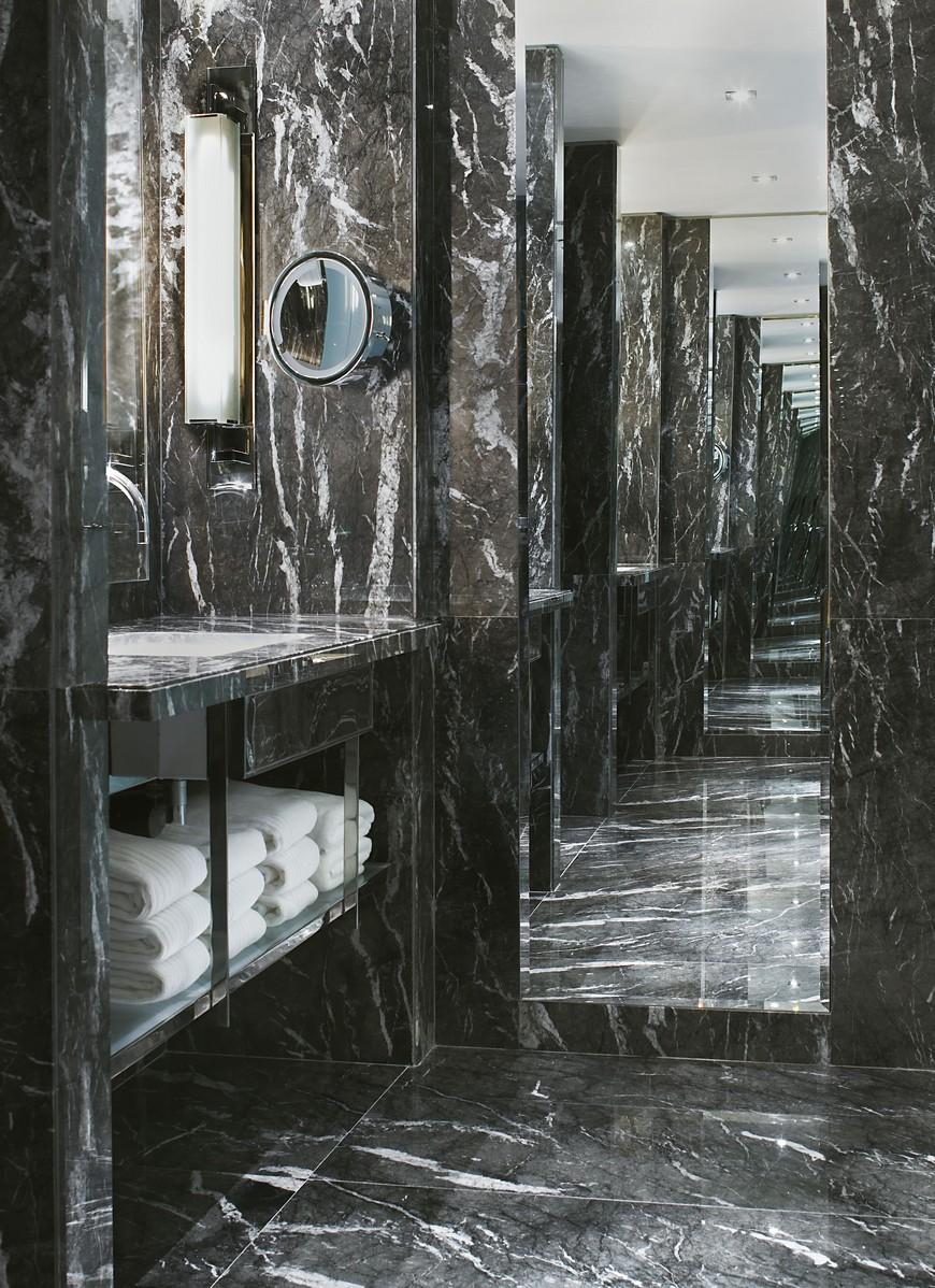 hotel bathroom designs Explore the Most Intriguing Hotel Bathroom Designs by Yabu Pushelberg Explore the Most Intriguing Hotel Bathroom Designs by Yabu Pushelberg 6