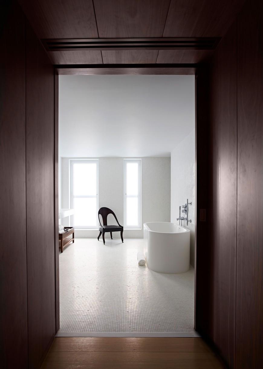 Explore the Most Intriguing Hotel Bathroom Designs by Yabu Pushelberg 8