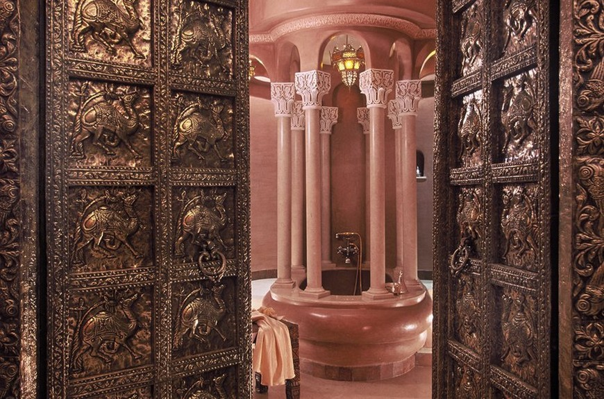 Take a Look at 10 of the Most Gorgeous Hotel Bathrooms in the World 6 Hotel Bathrooms Take a Look at 10 of the Most Gorgeous Hotel Bathrooms in the World Take a Look at 10 of the Most Gorgeous Hotel Bathrooms in the World 6