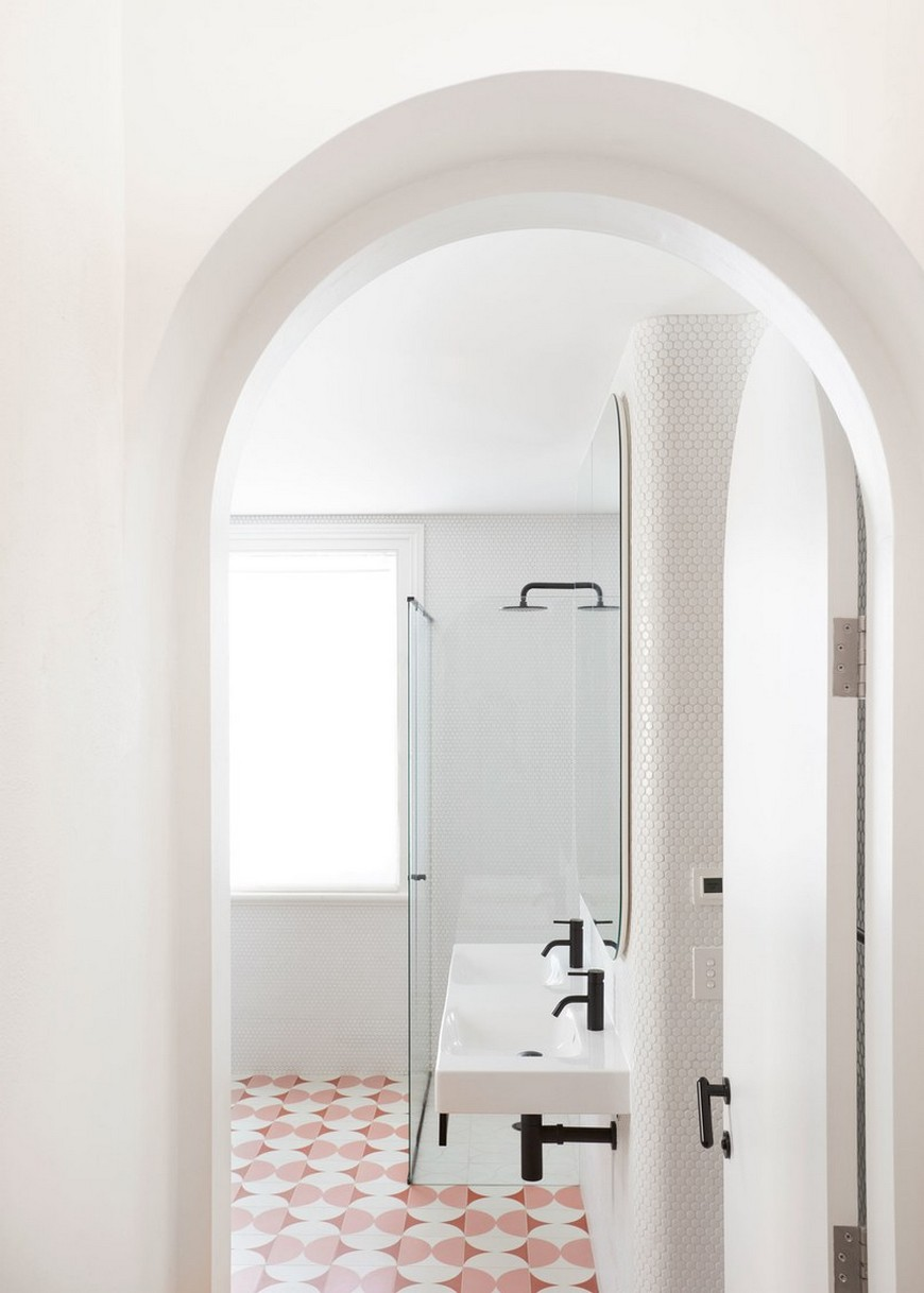 This Bathroom Design in a Melbourne Home Features Funky Shades of Pink 5