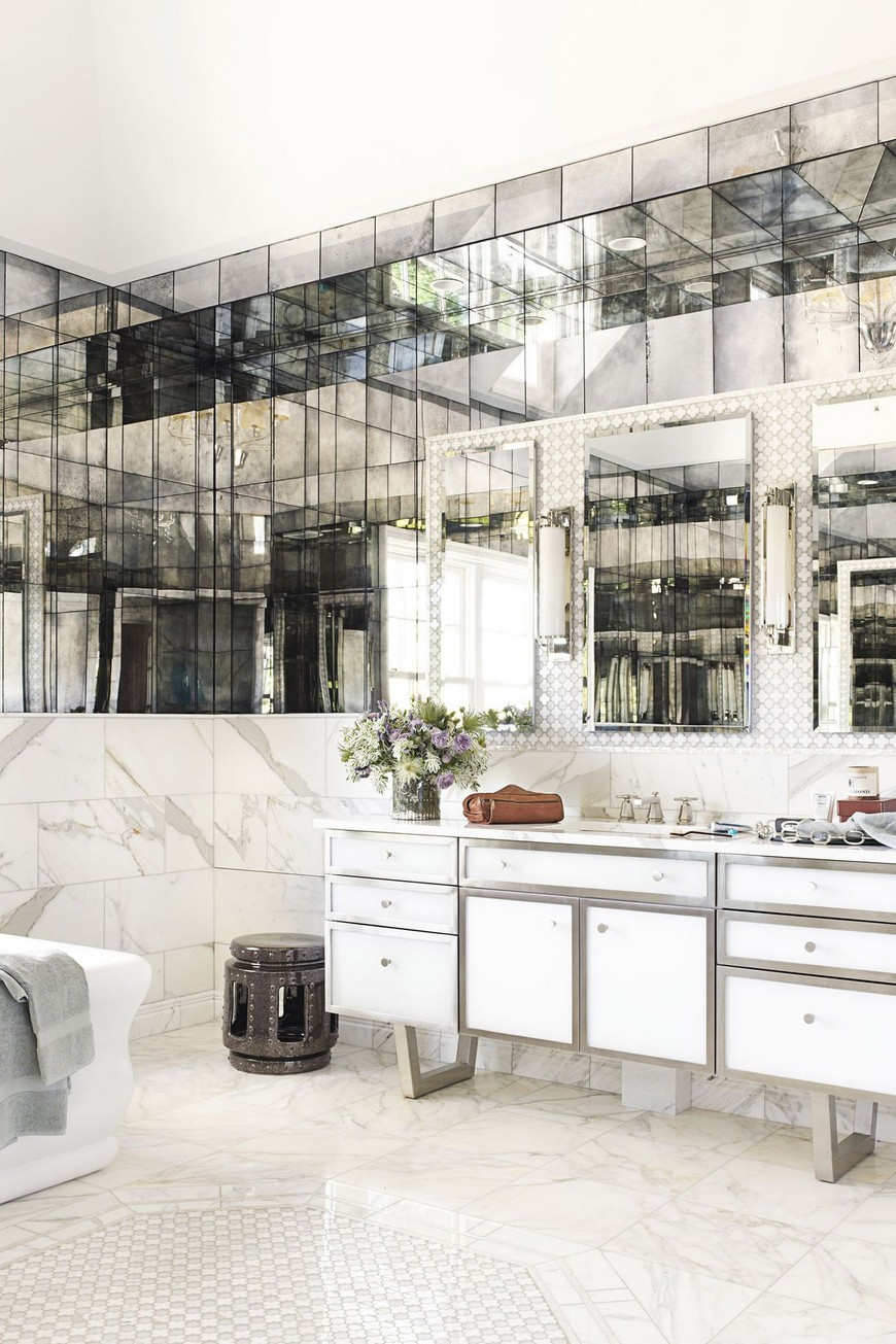 8 Design Ideas to Spruce Up the Decor of White Luxury Bathrooms 1