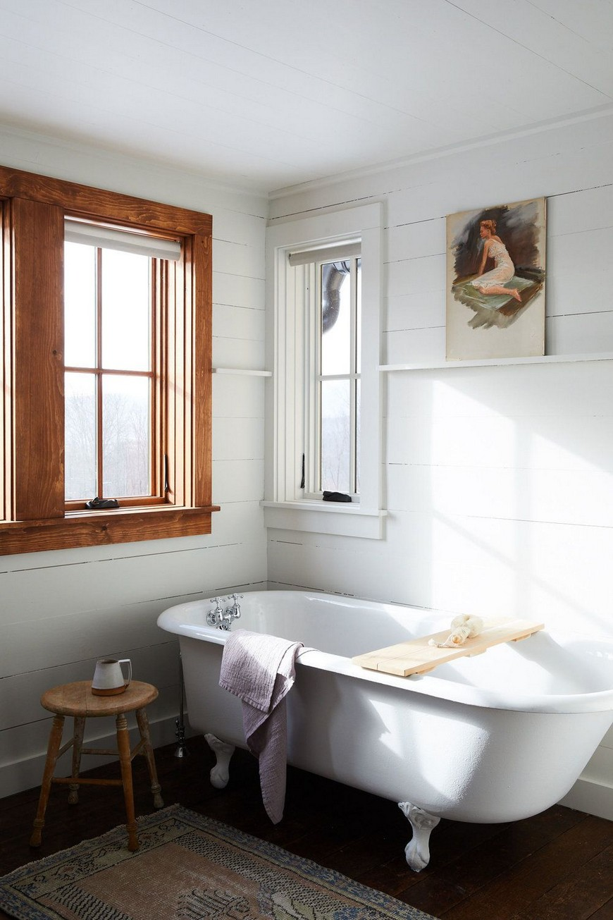 8 Design Ideas to Spruce Up the Decor of White Luxury Bathrooms 5