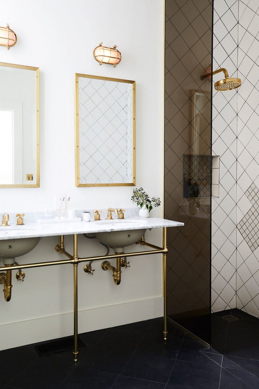 8 Design Ideas to Spruce Up the Decor of White Luxury Bathrooms 6