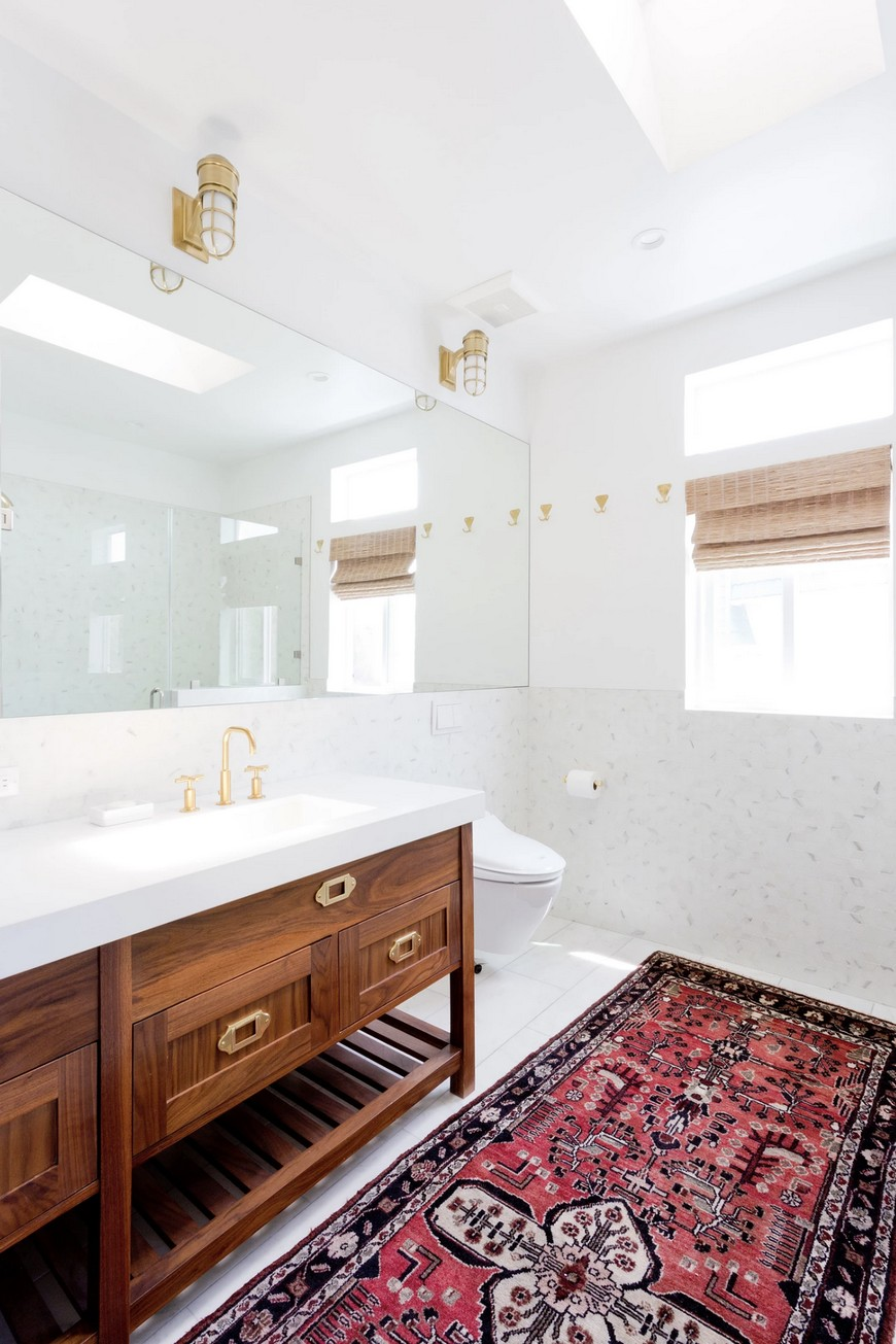 8 Design Ideas to Spruce Up the Decor of White Luxury Bathrooms 8