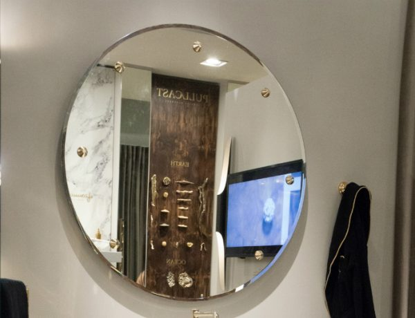 mirror design This Lustrous Mirror Design Provides a Tremendous Effect in a Bathroom featured 6 600x460