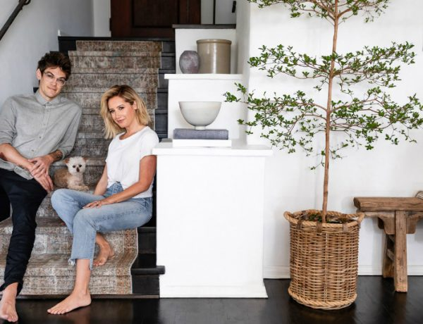 Ashley Tisdale Regard the Bathrooms Designs of Ashley Tisdale's Hollywood Hills Home featured 15 600x460