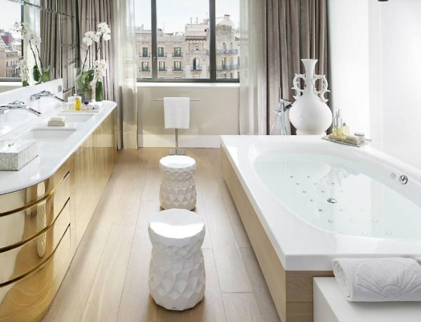 bathroom designs Lobby and Bathroom Designs of Some of the World's Best Luxury Hotels featured 21 600x460