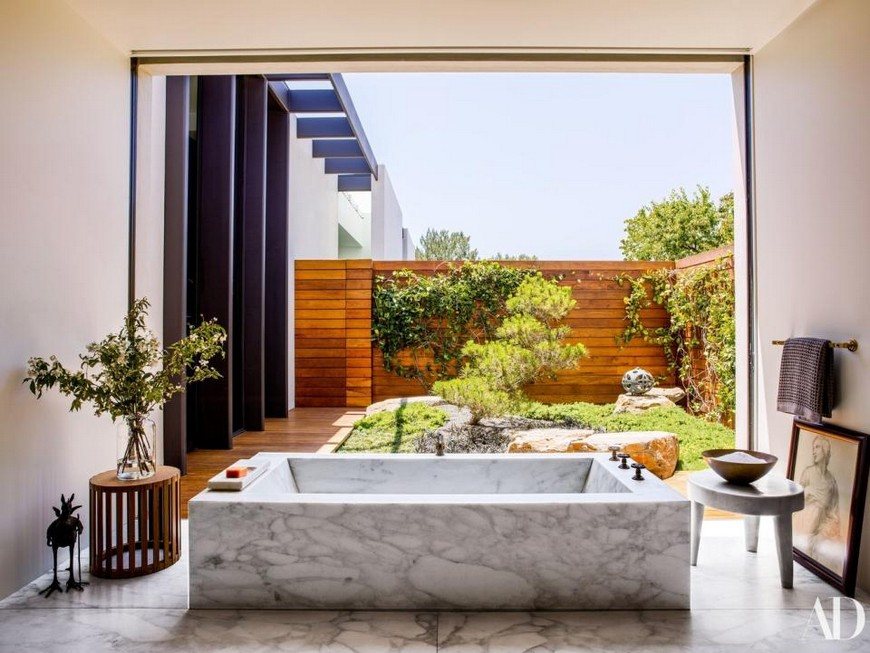 2018 Throwback The Best Luxury Bathrooms Found in Celebrity Homes 2 Celebrity Homes 2018 Throwback: The Best Luxury Bathrooms Found in Celebrity Homes 2018 Throwback The Best Luxury Bathrooms Found in Celebrity Homes 2