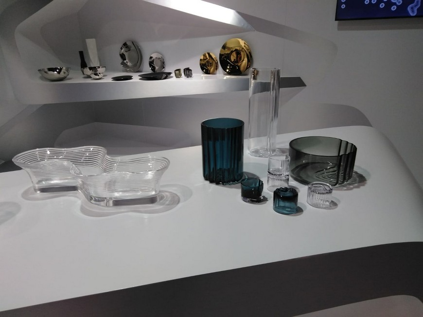 Discover Zaha Hadid Design 2019 Collection of Home Accessories 4 Zaha Hadid Design Discover Zaha Hadid Design's 2019 Collection of Home Accessories Discover Zaha Hadid Design 2019 Collection of Home Accessories 4