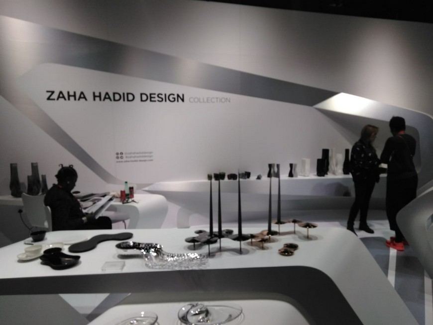 Discover Zaha Hadid Design 2019 Collection of Home Accessories 7 Zaha Hadid Design Discover Zaha Hadid Design's 2019 Collection of Home Accessories Discover Zaha Hadid Design 2019 Collection of Home Accessories 7