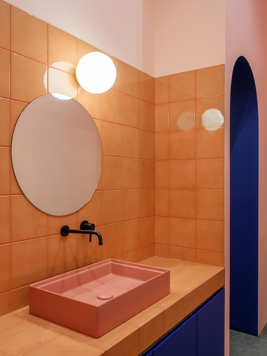 Singular Bathroom Decor Ideas with the Pantone Color of the Year 2019 1 Pantone Color of the Year Singular Bathroom Decor Ideas with the Pantone Color of the Year 2019 Singular Bathroom Decor Ideas with the Pantone Color of the Year 2019 1