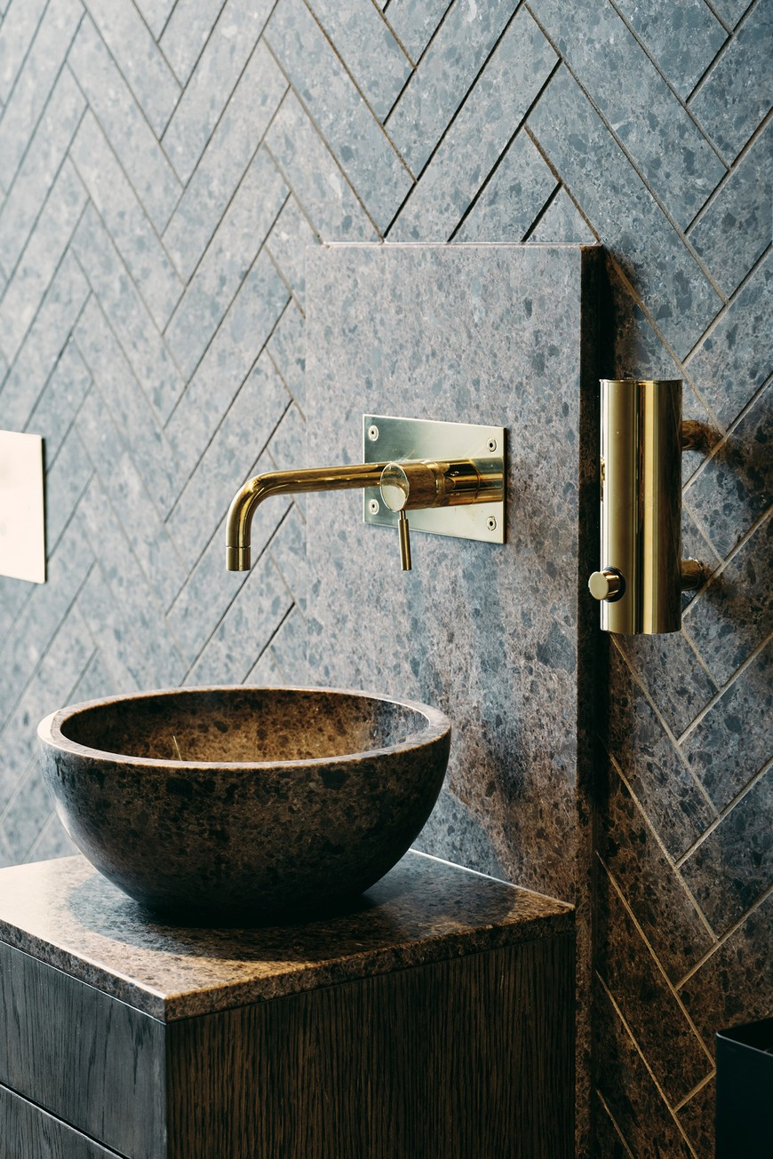 7 Luxury Basins that Will Provide a Unique Bathroom Aesthetic (1) Luxury Basins 7 Luxury Basins that Will Provide a Unique Bathroom Aesthetic 7 Luxury Basins that Will Provide a Unique Bathroom Aesthetic 1