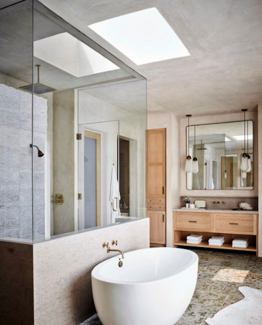 Luxury Bathroom Projects Where Eccentric Mirror Designs Are The Star luxury bathroom project Luxury Bathroom Projects Where Eccentric Mirror Designs Are The Star Luxury Bathroom Projects Where Eccentric Mirror Designs Are The Star 4